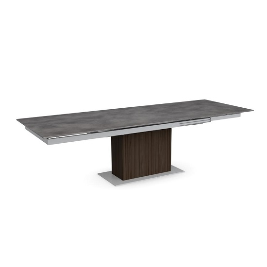 Sincro Dining Table