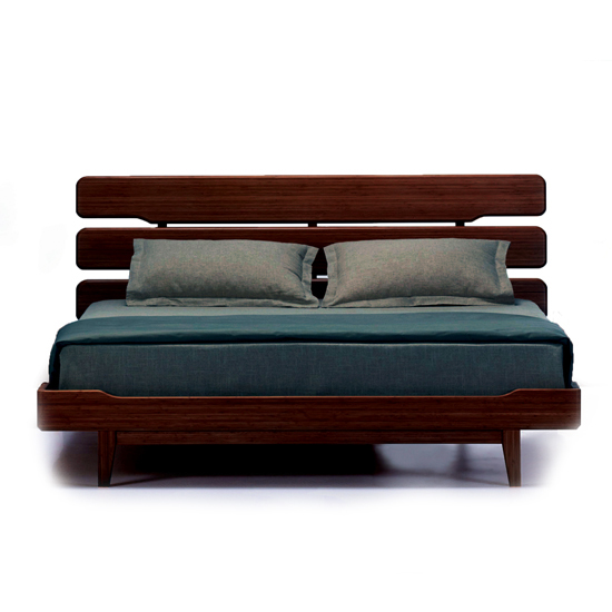 Currant Queen Platform Bed
