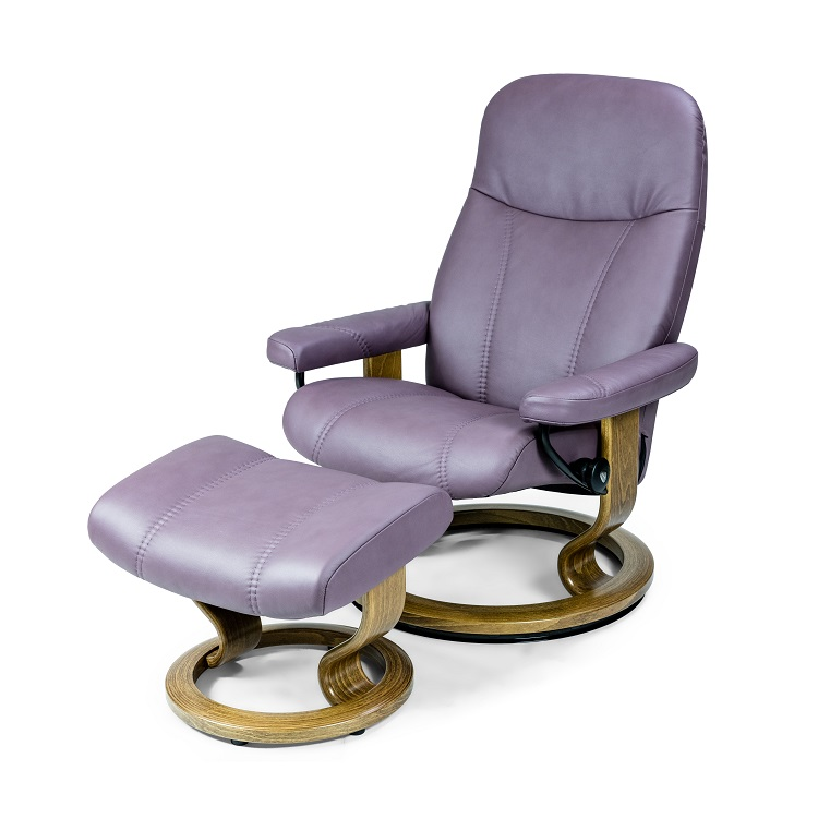 Consul Medium Chair and Ottoman