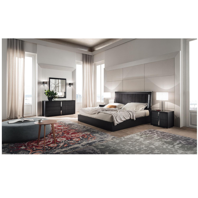 Bella Luna Cali. King Bed